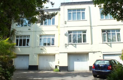 1a Branksome Wood Road – Investment & Development Opportunity